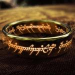 """Die moderne Version von J. R. R. Tolkiens """"Ein Ring sie alle zu knechten"""": eine staatliche Weltwährung"""